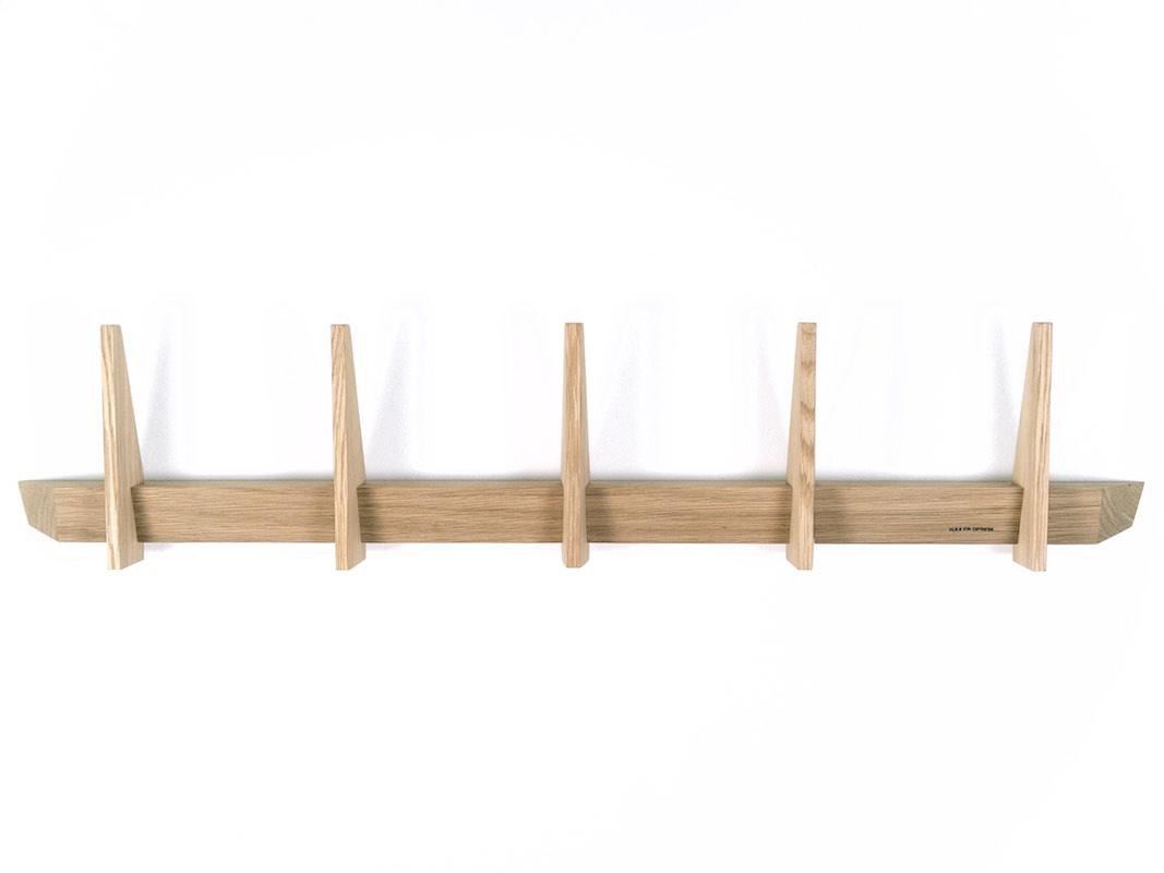 Enkel knager u00e6kke i egetr u00e6 eg tr u00e6 fra Hjuler Design moderne dansk design Hjuler Design