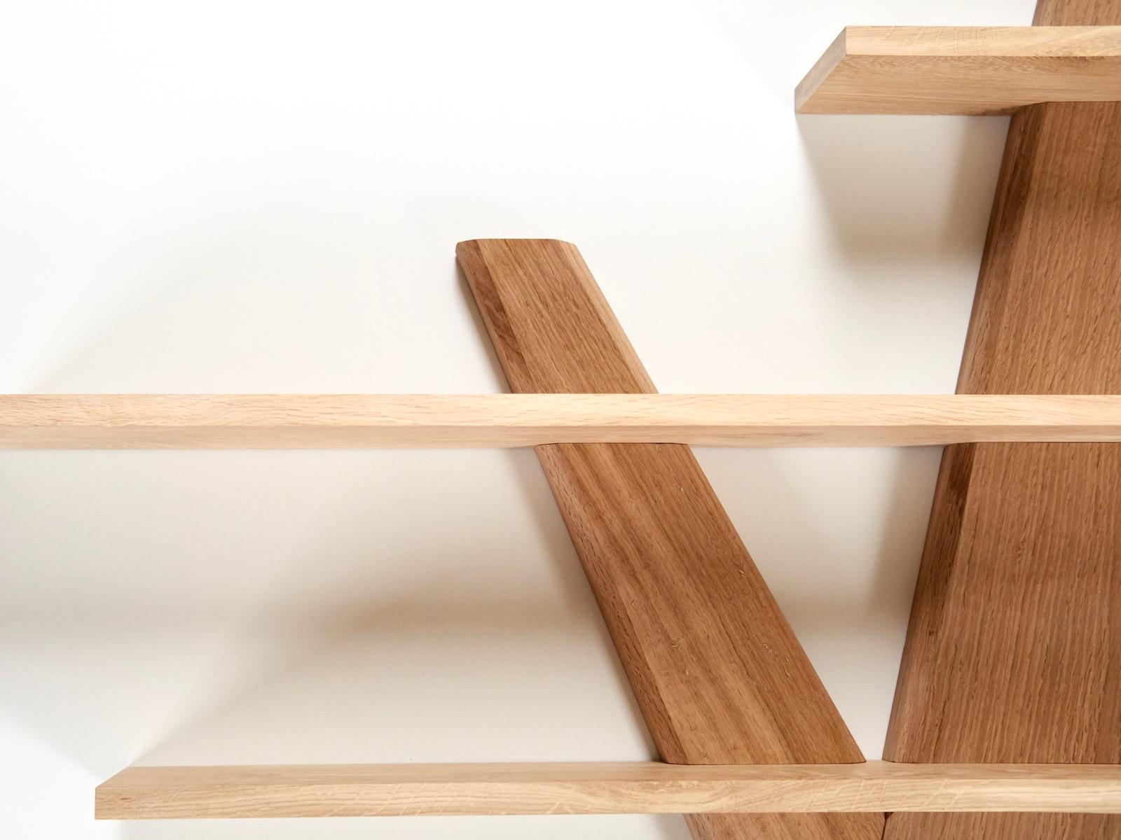 træ design hyldetræ   Hjuler.Design træ design