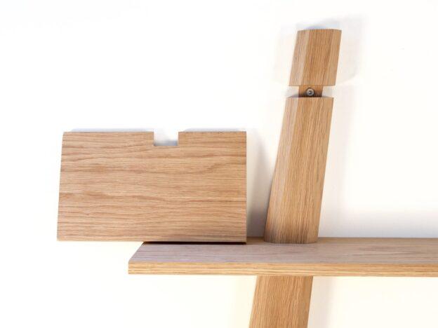 hylde hylder amagerhylde fra Hjuler.Design dansk design træ eg egetræ